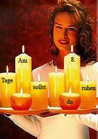 Huebsche Torte... Und 8 Kerzen auf einem Tablett ;-)